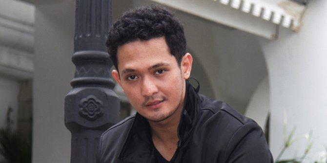 Pebrio A. Ryan Michael Buble Nya Indonesia