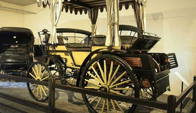 Mobil Pertama Di Indonesia Raja Jawa